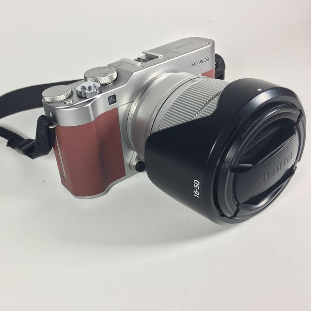 Fujifilm XA3 brown maroon
