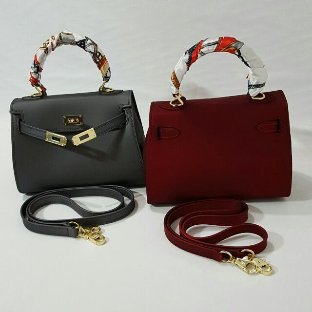 Hand Bag  No Brand Very Recommended ( Dark Grey / Abu Abu Gelap & Dark Red / Merah Marun ) Warna Elegant