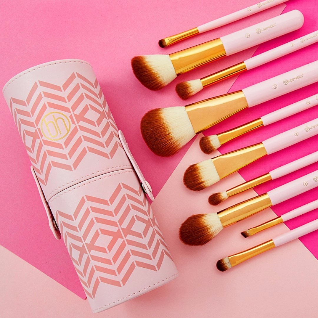 9a4d4eab7d5da ✨INSTOCK✨ Bh Cosmetics Pink Perfection 10 Pc Brush Set - Authentic ...