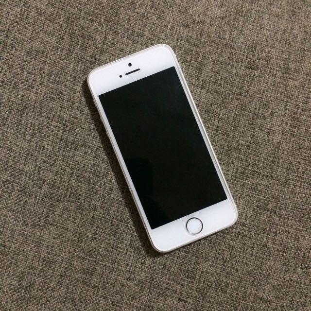 Iphone 5s GARANSI RESMI IBOX sampai Feb 2018