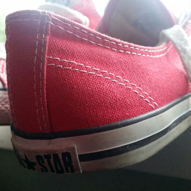 Low cut Red Converse us Size8