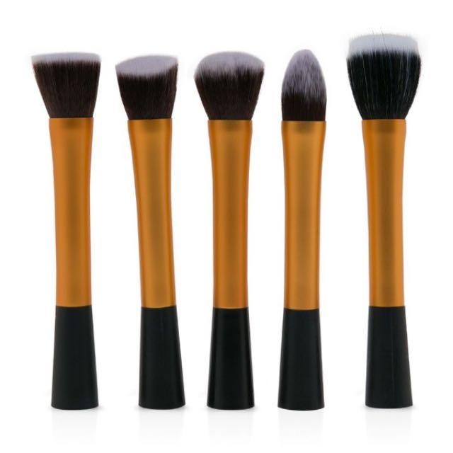 Makeup Brush Gold