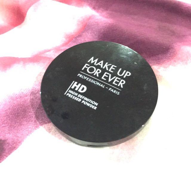 MUFE Pressed Powder Micro Finish