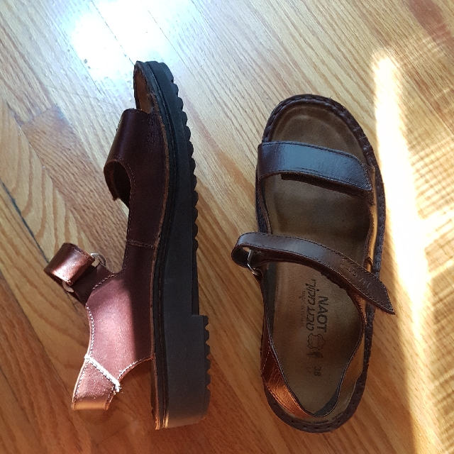 Naot Sandals, Sz 38