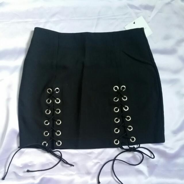 NEW Lace Up Skirt Black