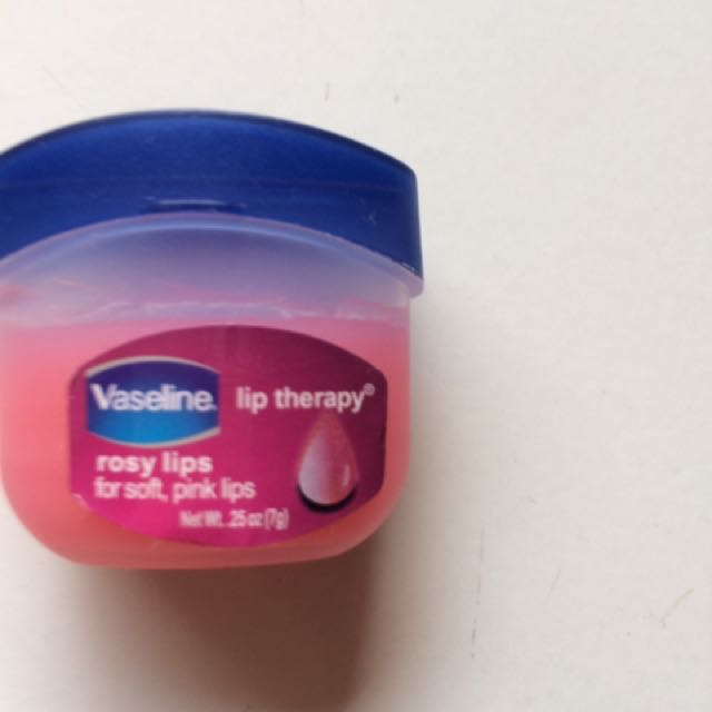 Vaselin Lip Therapy