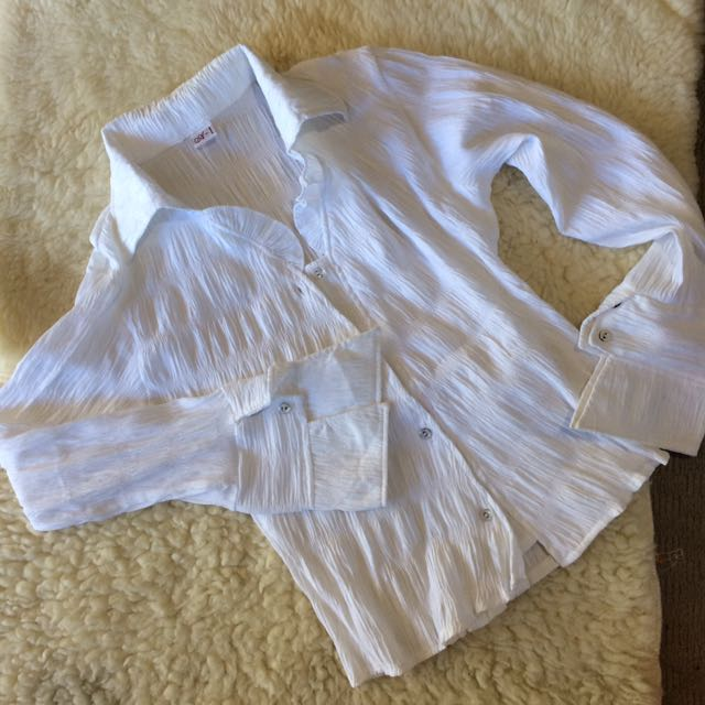 White Longsleeves Dressy Top
