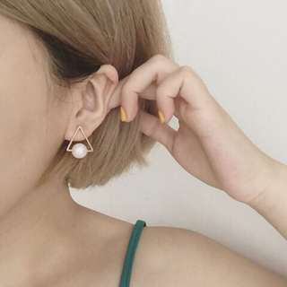 全新 三角珍珠耳環