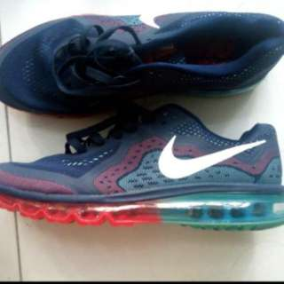 Nike Size US 12  30cm