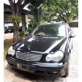 Mercedes Benz C240 Elegance 2004 mulus