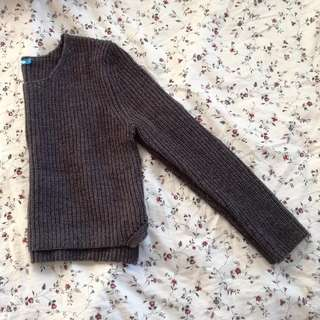 Dark grey knit sweater/jumper