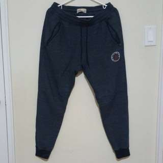 Hollister Joggers Size Small