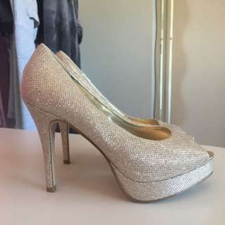 Forever New Size 38 Sparkly Heels