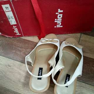 Wedges Julia R 37