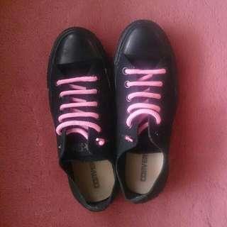 Converse 純黑+粉紅鞋帶款/休閒鞋#交換最划算