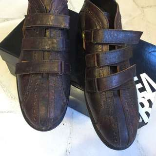 ITALY brand Leather Shoes