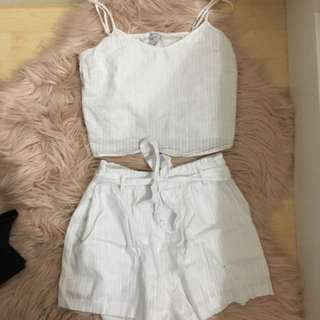 Universal Crop Top And Shorts Size 8