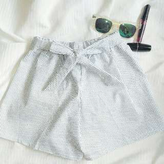 BRAND NEW Bow Shorts