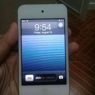iPod 4TH GEN (BUY IT PLEASE)