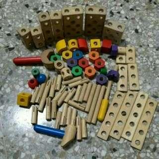 ~ 二手原木積木~木質工具組~多功能螺母組合~組合工具~木質玩具~