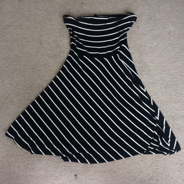 Ann Taylor Strapless Black Dress