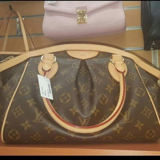 Authentic Louis Vuitton Rank A Good As New