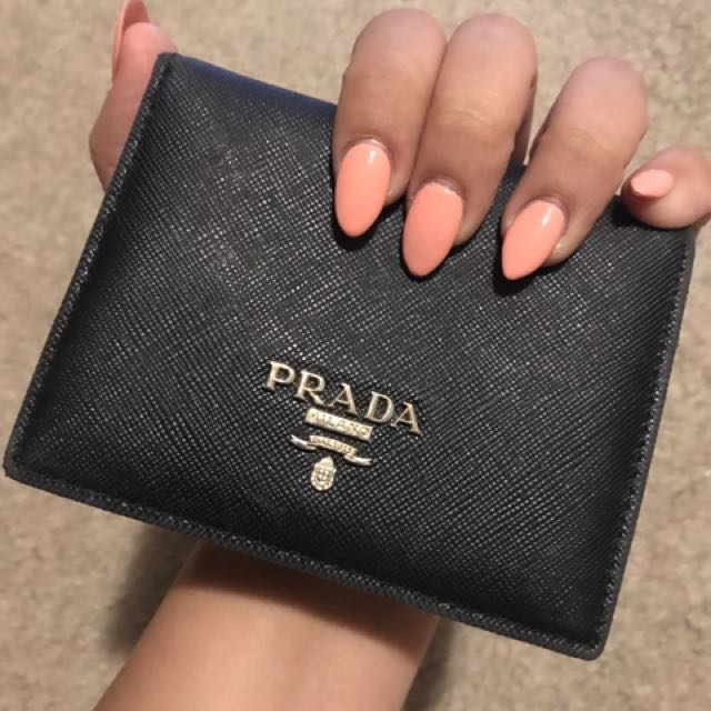 Black Real Saffiano Leather Prada Luxury Wallet