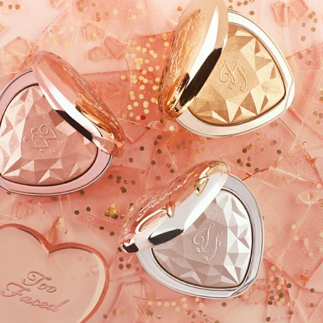 Bnew & Authentic: Too Faced Love Light Highlighter