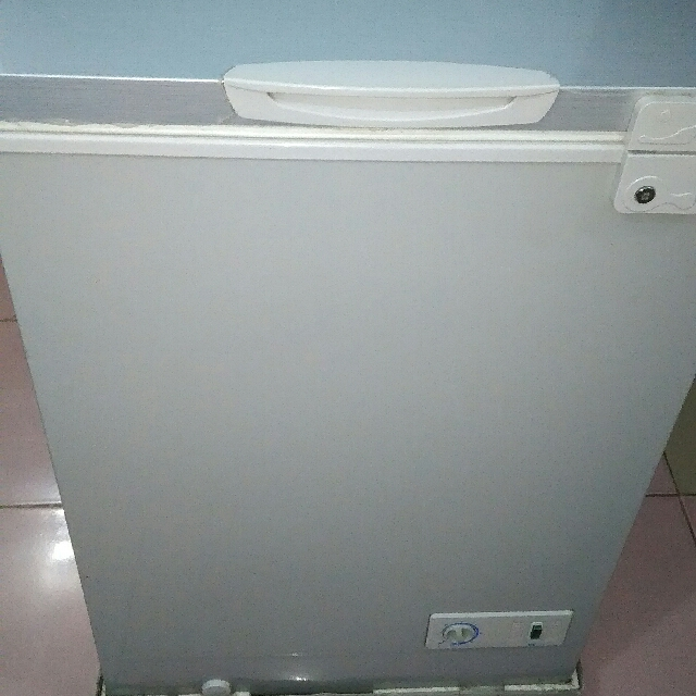 EZ 3.5 Cu Ft Chest Freezer