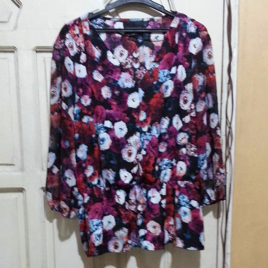 Attention Floral Blouse