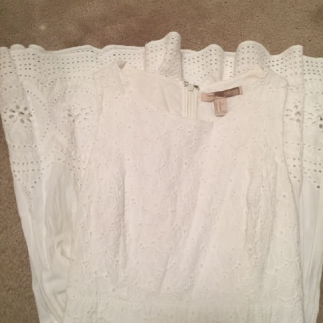 Forever 21 XS White Lace Dress