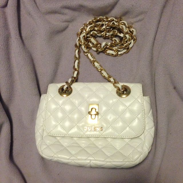 guess white cross-body bag