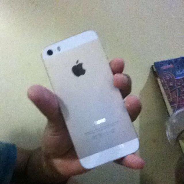 Jual Cepat Iphone 5S 64gb