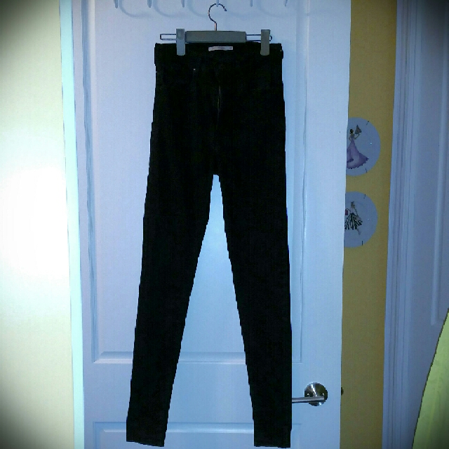 Levi's High Rise Skinny Jeans Black