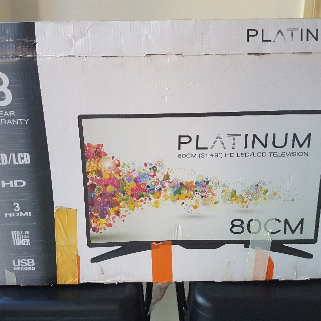 PLATINUM HD LED/LCD TELEVISION 80cm
