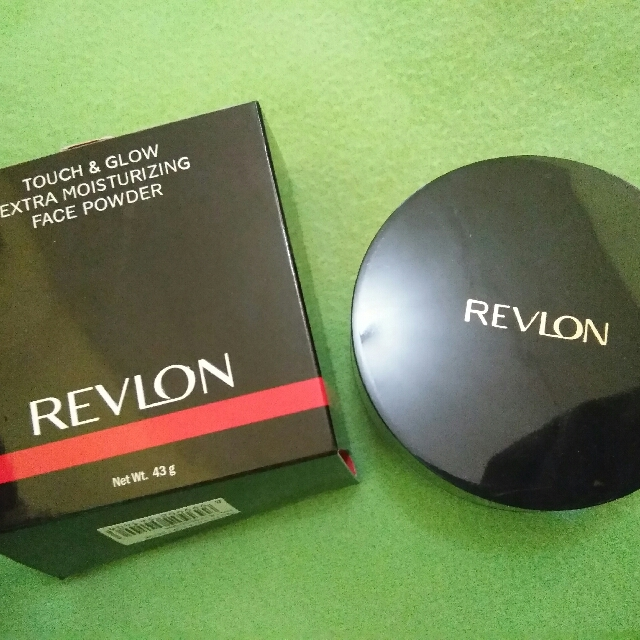 Revlon Touch And Glow Loose Powder