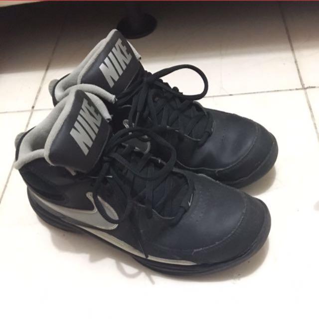 2b341d9d41dbec ... france sepatu nike original second murah fesyen pria sepatu di  carousell eb557 5d0f6