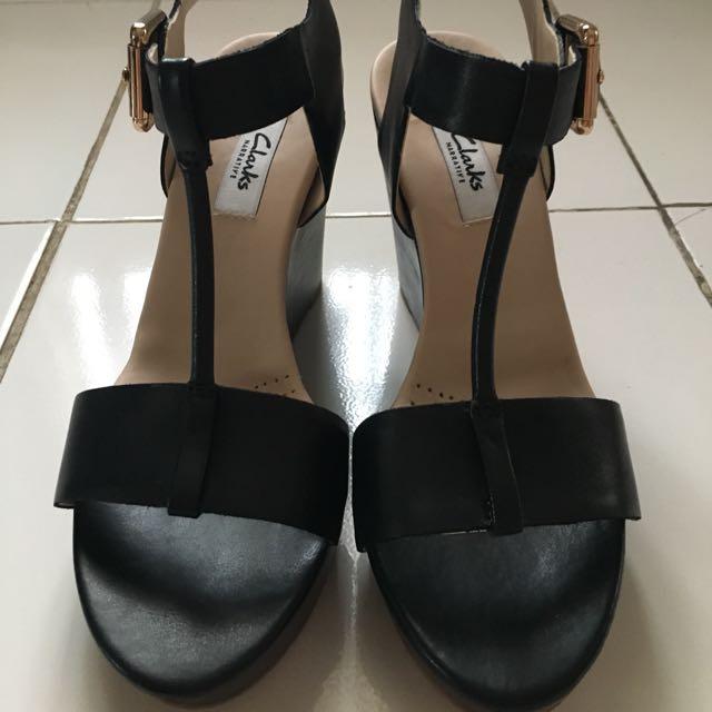Sepatu Sandal  Wedges Clarks Original 100%