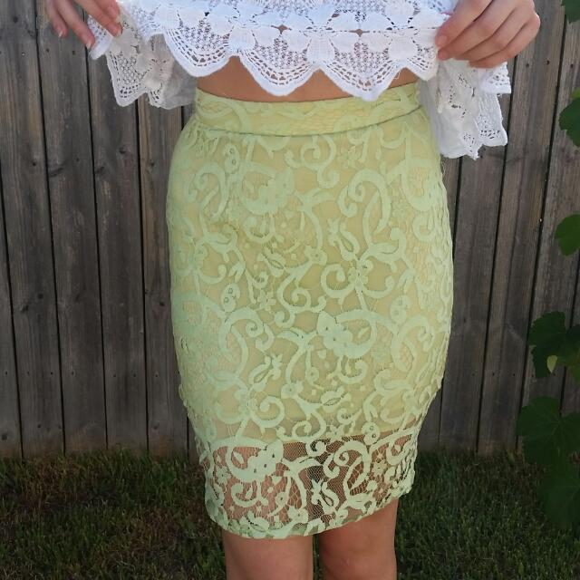 Sheike 6 Mint Lace Skirt