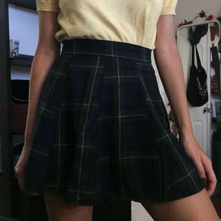 Brandy Melville Plaid Skater Skirt