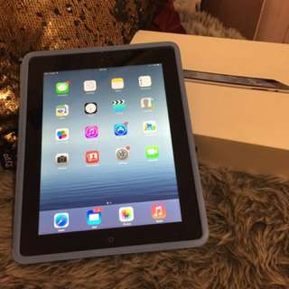 iPad 3 64gb Wi-Fi & Cellular Unlocked GREAT 2nd SCREEN FOR FAMILY!!