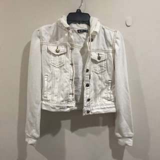 White Jacket With Hoodie