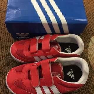sepatu adidas red