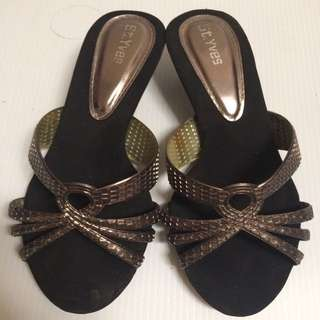 Sepatu Cantik Size 37