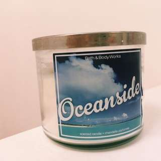 Bath & Body Works- Oceanside Candle (3 Wick)