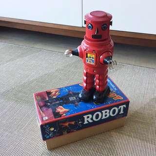 Retro Mechanical Robot