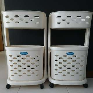 Laundry basket with Wheels (Mint condition)