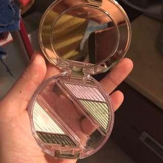 資生堂眼影盤