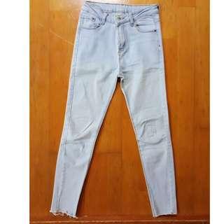 淺藍色 牛仔褲