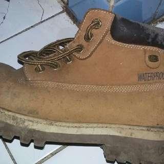 Sepatu boots Skechers Sergeant Verdict Man
